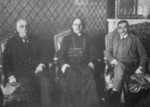Rada Regencyjna. Od lewej: Józef Ostrowski, ks. Prymas Aleksander Kakowski, Zdzisław Lubomirski